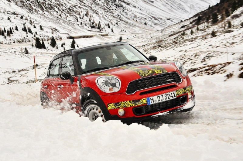 Teaser del Mini Countryman JCW 2012